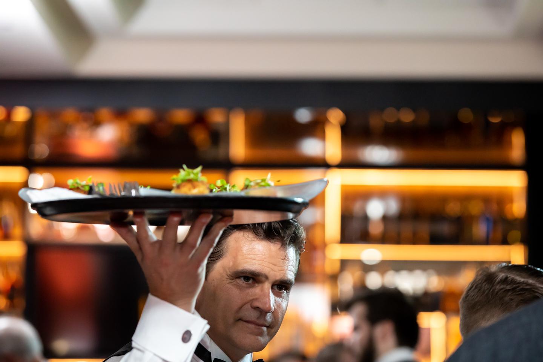 don-shula-shulas-disney-dolphin-swan-waiter-event-vip-orlando-events-photographer-professional-corporate-yellows-7.jpg