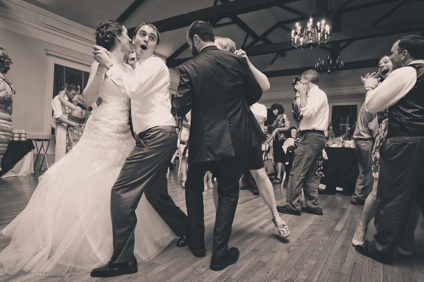 Erde-Jarvi-dancing-IMG_7593.jpg