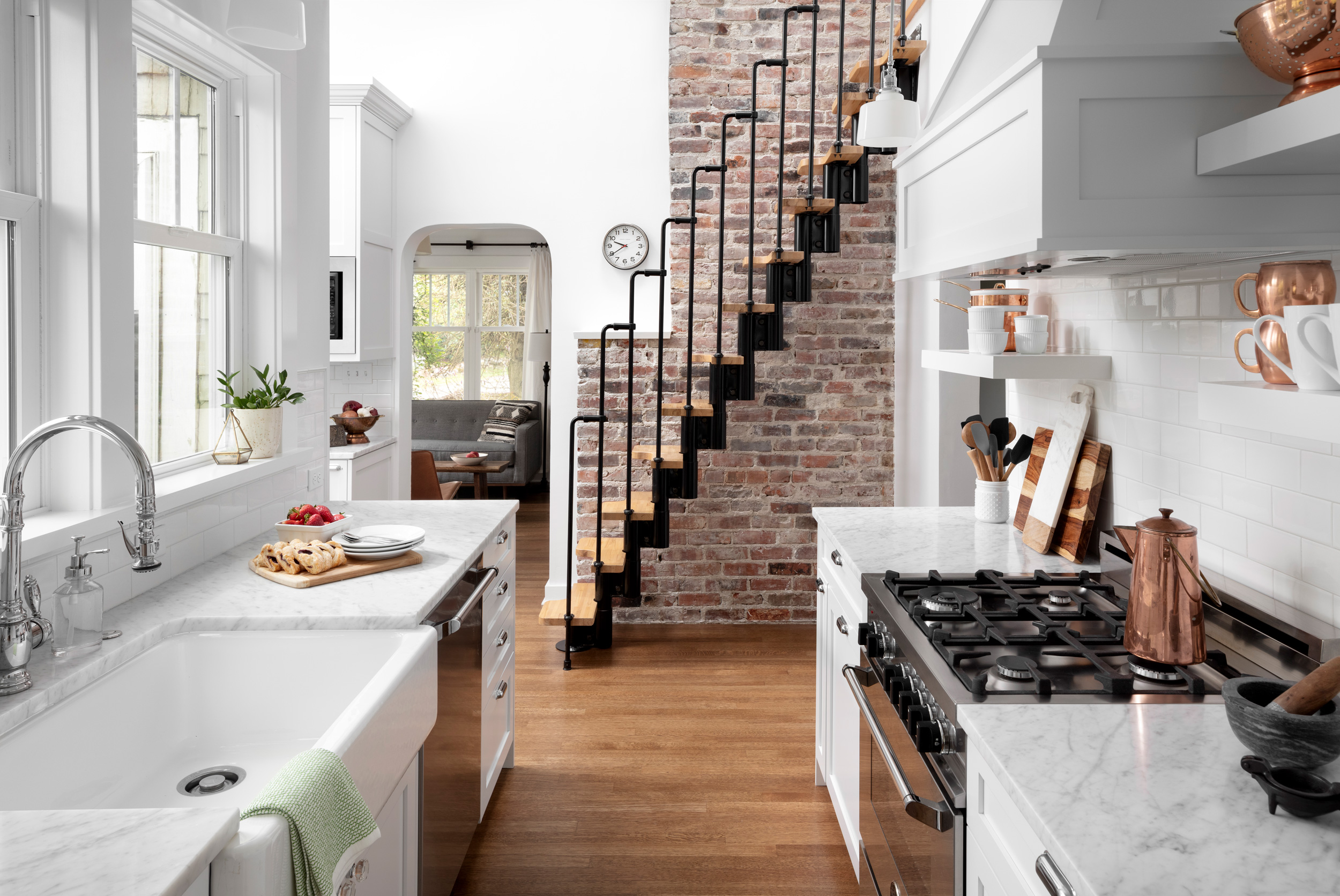 Haller-Lake-traditional-cottage-kitchen-1.jpg