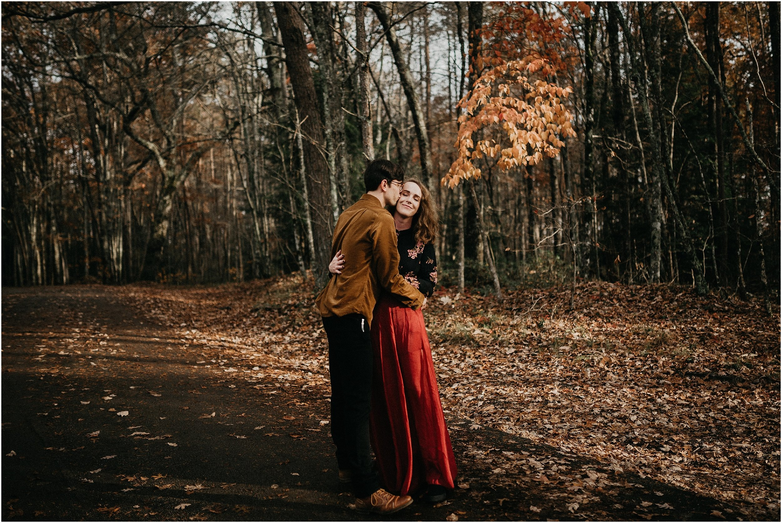 Chattanooga-Autumn-Engagement-24.jpg
