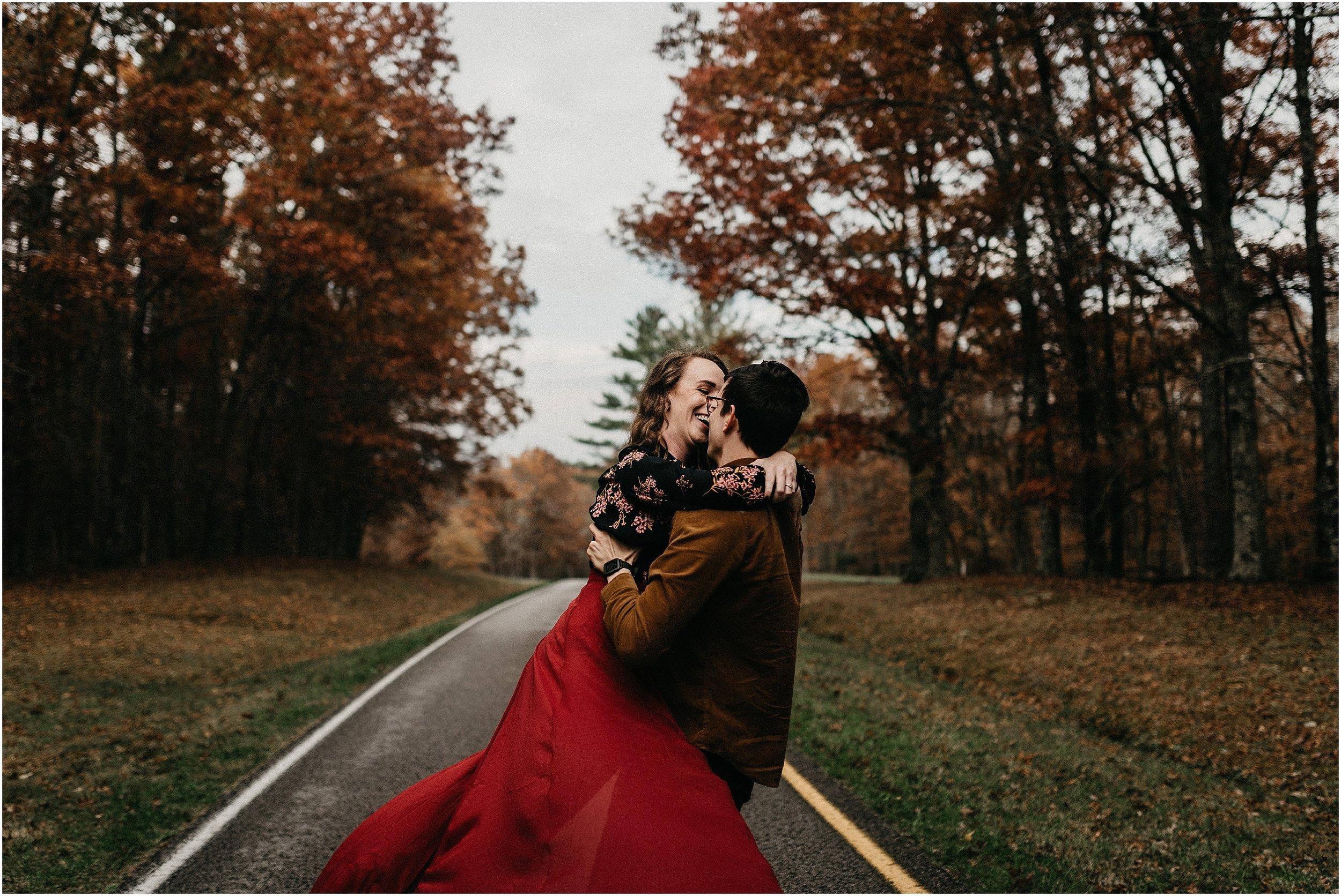 Chattanooga-Autumn-Engagement-25.jpg