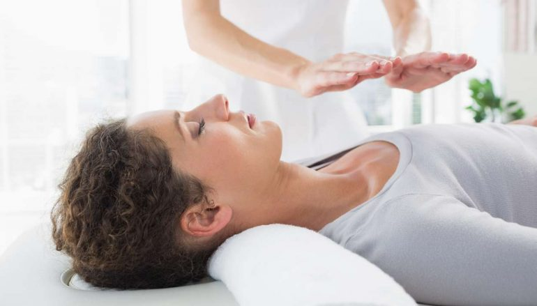 reiki-energy-healing-770x439_c.jpeg