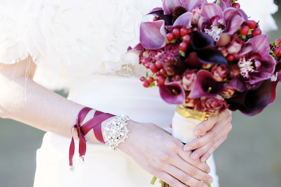 pomegranate-wedding-ideas-bracelet.jpg