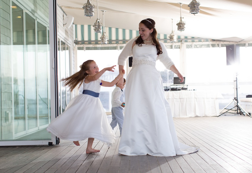 chatham-cape-code-wedding-070813-dancing.jpg