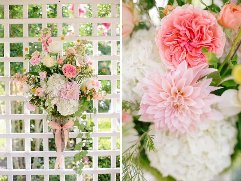 wedding flowers for a Southern ceremony | photo by  www.annabellacharles.com