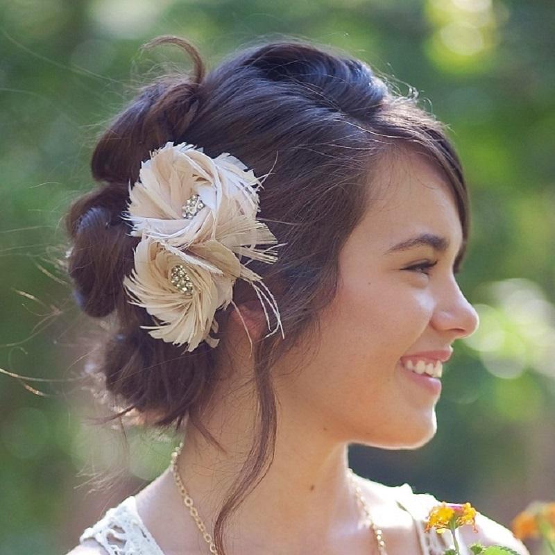 800w-FancieStrands-blush-bridal-feather-fascinator.jpg