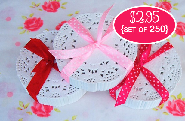 Groop Dealz  : pack of 250 White Paper Lace Doilies bundled sweetly with ribbon