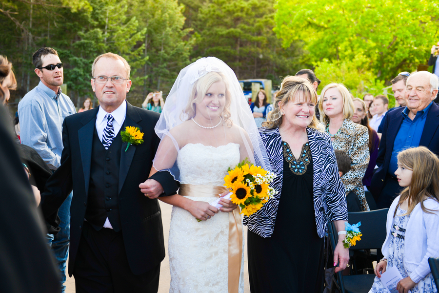 colorado-zoo-wedding-102813-6-mom-dad.jpg