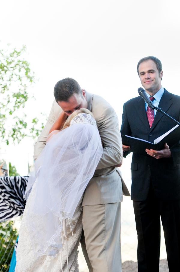 colorado-zoo-wedding-102813-mini-kiss.jpg