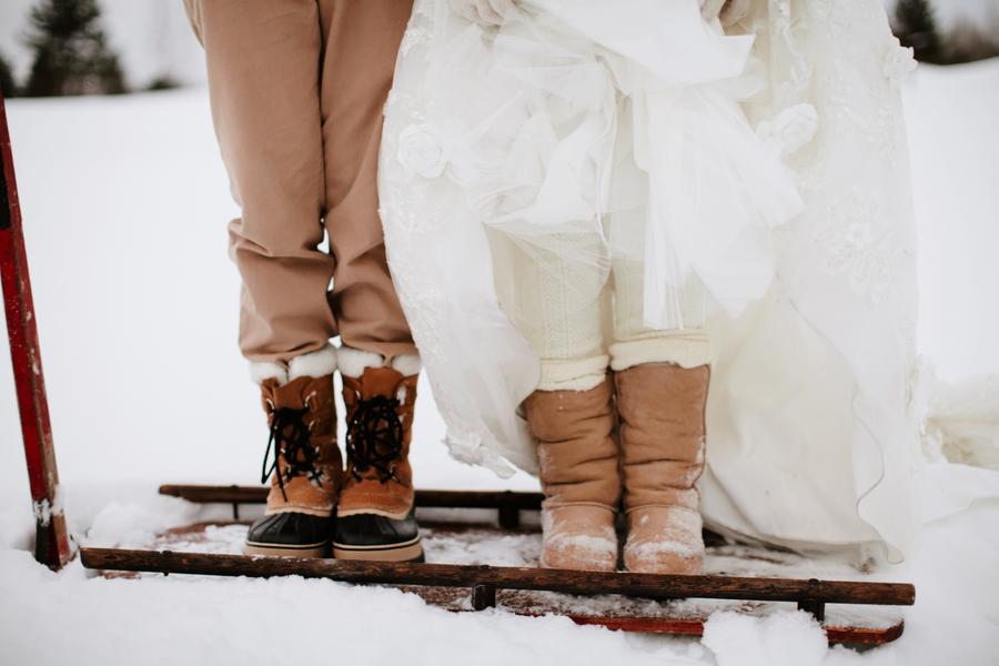 canadian-winter-wedding-shoot-122313-11.jpg