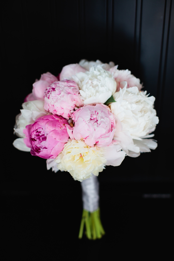 pretty lush pink and white wedding bouquet | photo by Mary Dougherty Photography