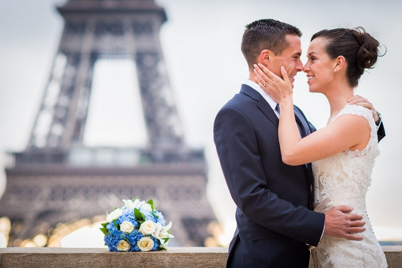 Elopement to Paris, France with a couple from California   planned by Paris Weddings by Toni G.   photography by The Paris Photographer