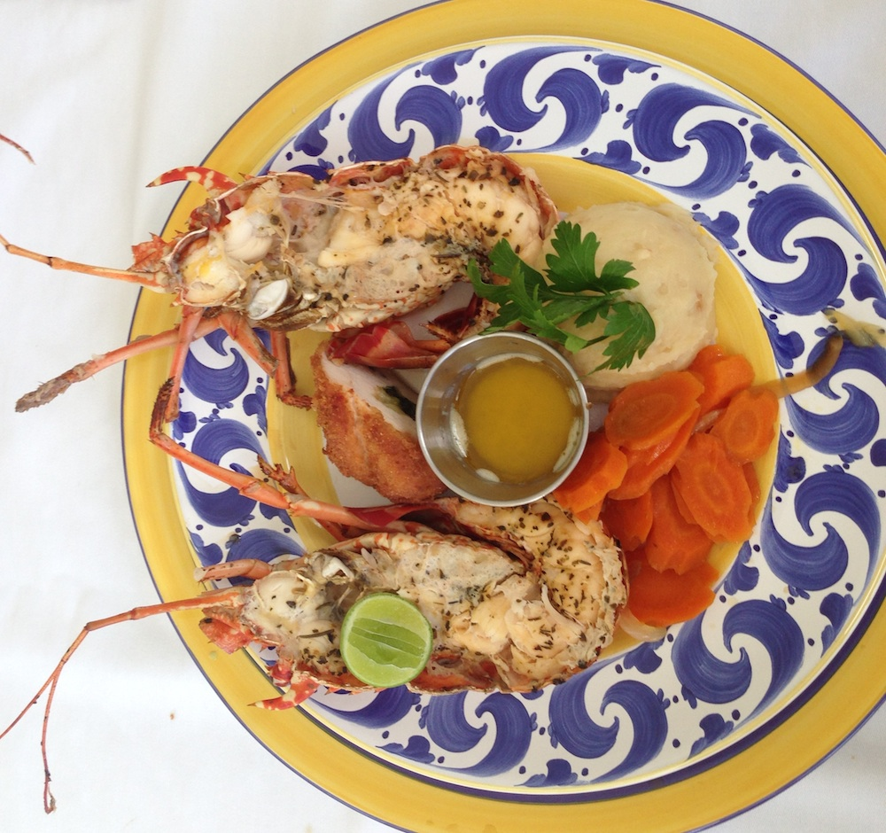 The Villas by Linda Smith in Jamaica / includes a personal chef that can make local specialties like this lobster dish / see more at www.BrendasWeddingBlog.com