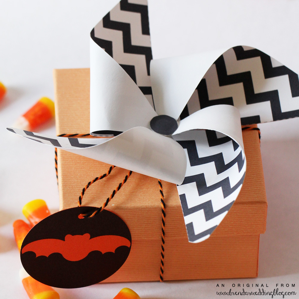 DIY Printable Chevron Pattern Pinwheel - the perfect finishing touch to wedding gifts and favor boxes / from www.BrendasWeddingBlog.com