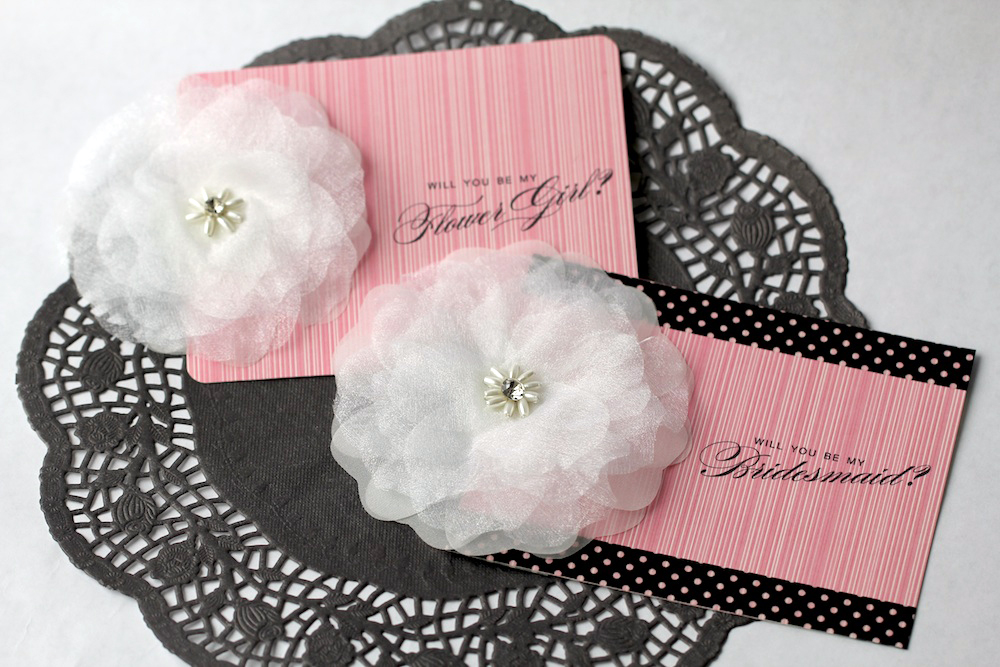 Free Printable Cards to Ask Your Wedding Party to be a Part of Your Day / from www.BrendasWeddingBlog.com
