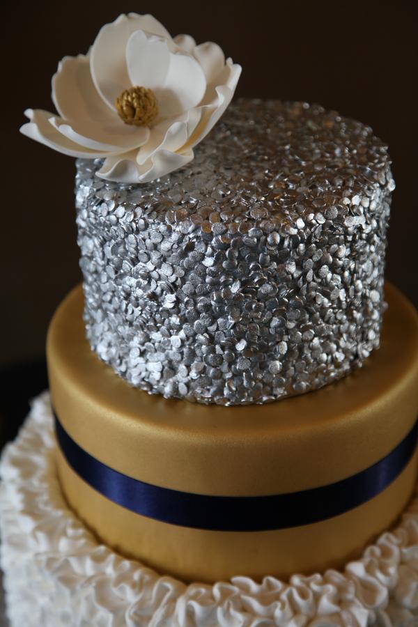 starry-night-wedding-041715-wedding-cake-2.jpg