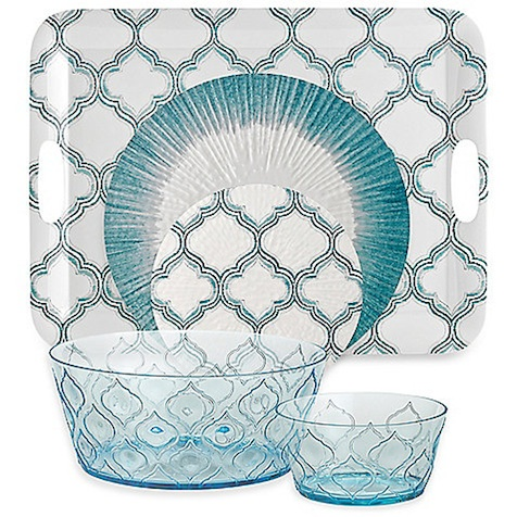 For your backyard gatherings or ones that include children, be sure to use casual, unbreakable dishes and cups