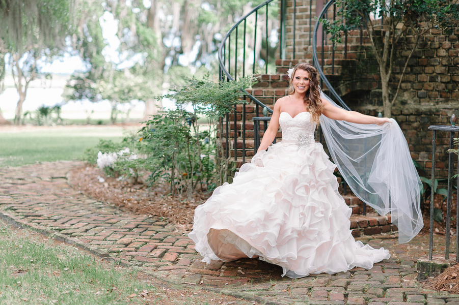 A Southern Fairytale Wedding with a Bride Wearing a Vera Wang Wedding Gown