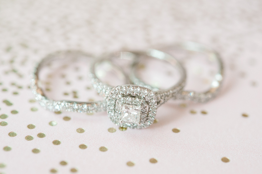 Stunning Diamond Wedding Rings : photo by Pasha Belman Photography