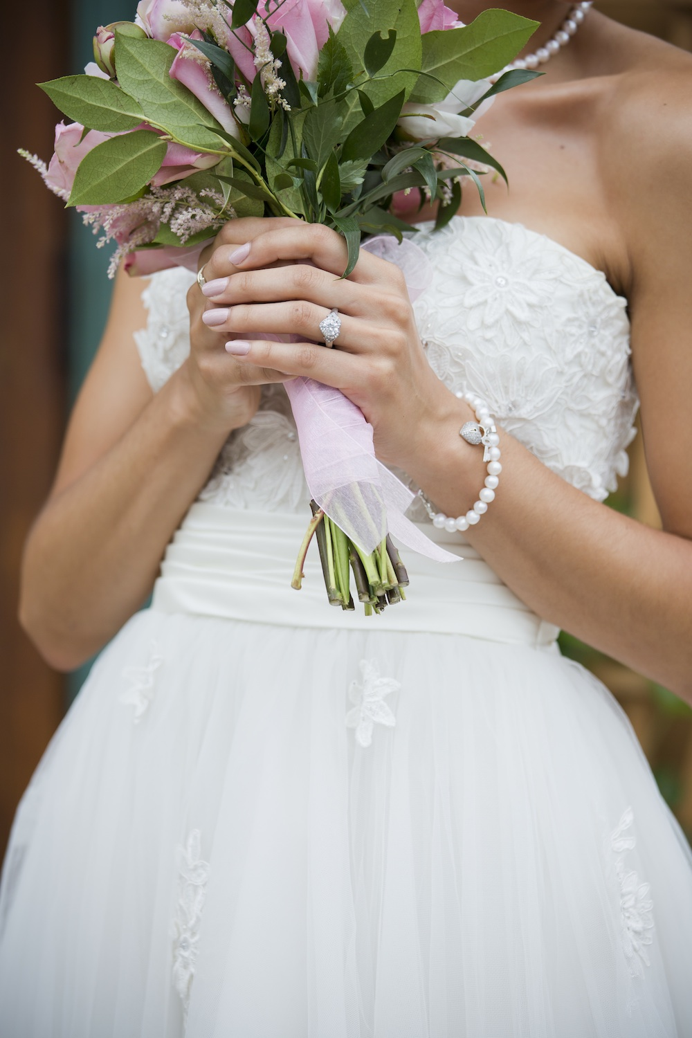 LOVE the Details on this Retro Style Wedding Dress from The Dress Matters / photo by Krista Patton Photography