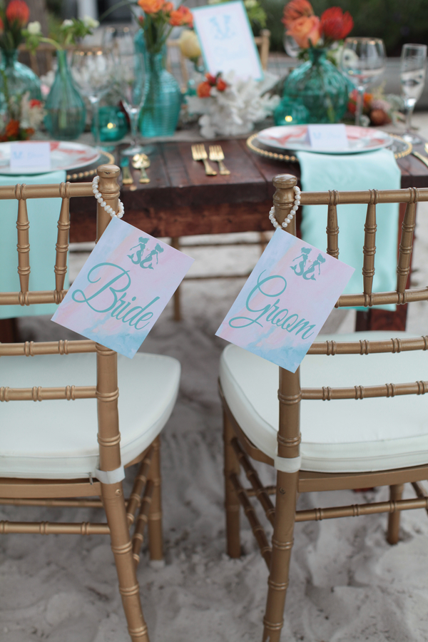 Under the Sea Inspired Bride and Groom Tags / photo by Tab McCausland Photography / stationery by Pretty Peacock Paperie