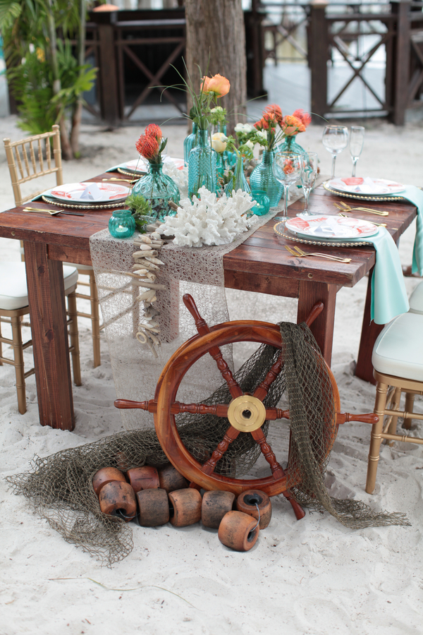 Under the Sea Inspired Wedding Table Decorations + Setting / photo by Tab McCausland Photography