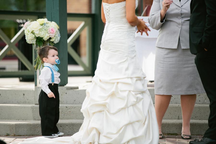 Loree-Photography-081415-bride-little-boy.jpg