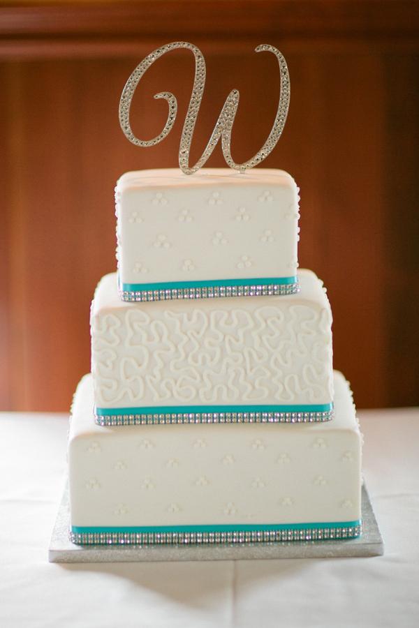 Loree-Photography-081415-wedding-cake-w-monogram.jpg