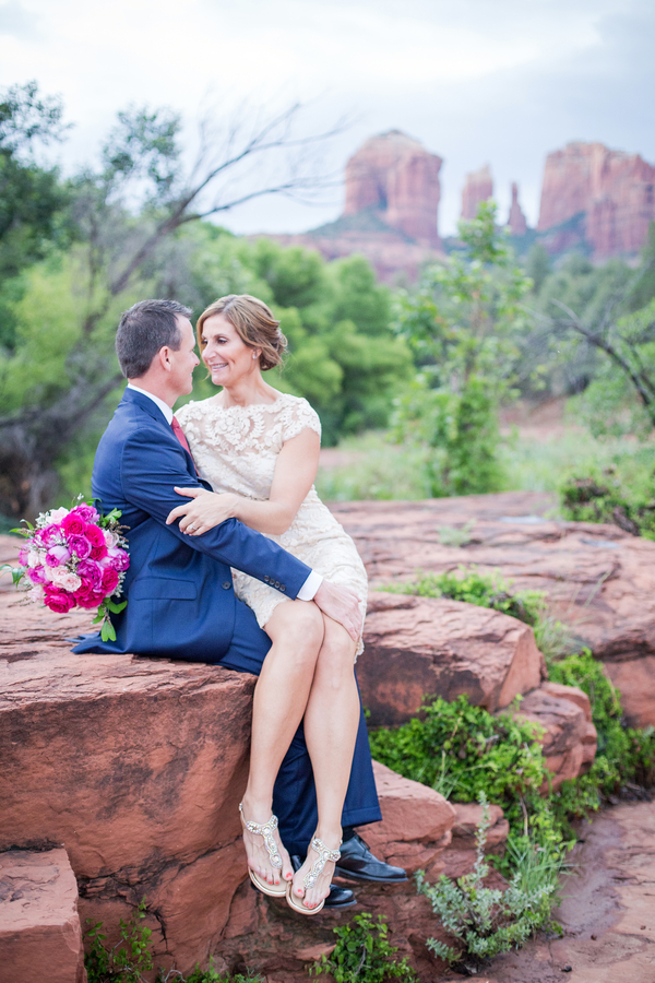 Spectacular Scenery in Sedona Arizona for an Elopement Wedding / photo by Love My Life Photography