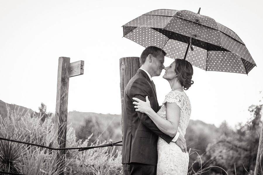 This Couple Married in Between Thunderstorms in Sedona Arizona / photo by Love My Life Photography