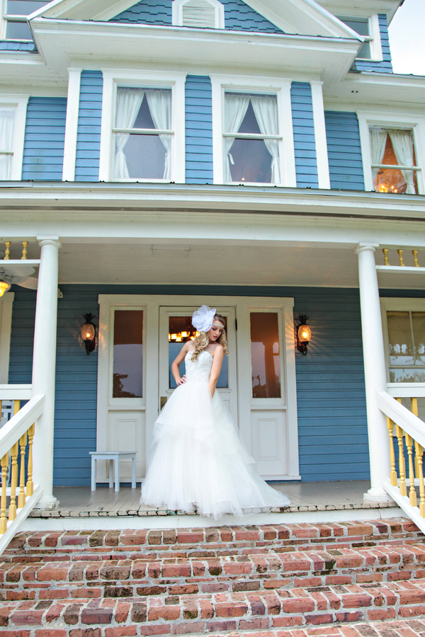 Romantic Inspired Wedding Shoot at The Highland Manor / Headpiece by Boldly Unique / photo by Tab McCausland Photography