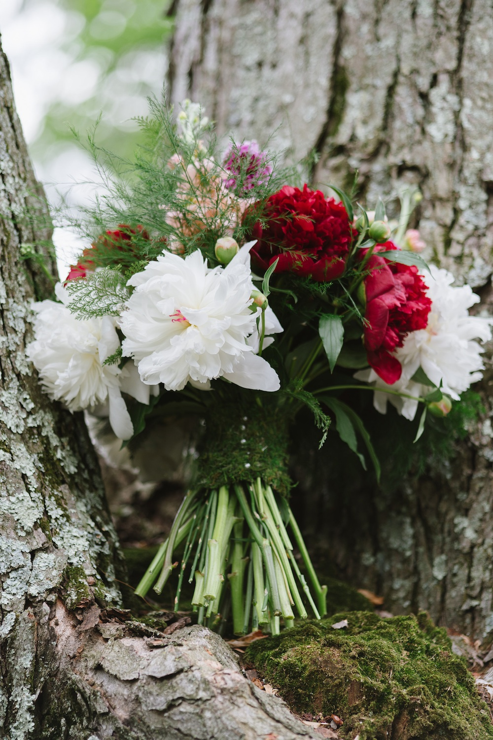 Woodland Inspired Wedding Bouquet with Moss Wrapped Stems / designed by EightTreeStreet / photo by Natalie Franke Photography