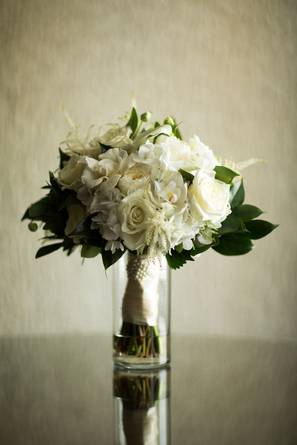 Candice-C-Cusic-Photography-091815-bouquet.jpg