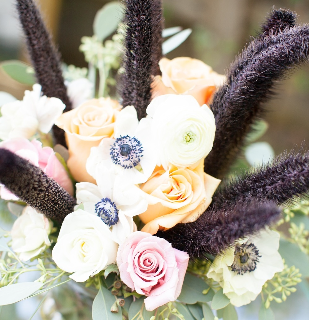 Floral Details from an Elegant Halloween Wedding Centerpiece in Blush, Black and Tangerine / florals by EightTreeStreet / photo by {a}strid Photography