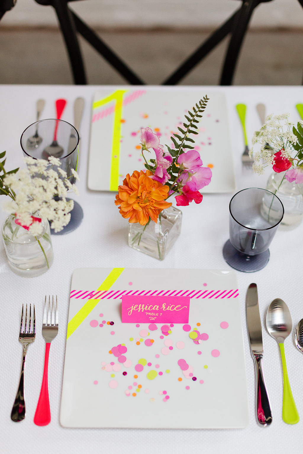 Neon Wedding Inspiration / designed by Ashley Peraino + Ivey Weddings & Events / Decor by Chandelier by NK / photo by Jessica Haley Photography