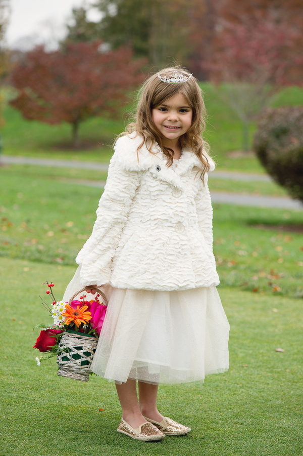 Pomegranate-Winter-Wedding-120415-flower-girl-basket.jpg