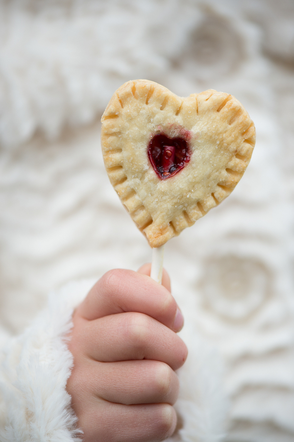 Heart Shaped Pie Pops for Rustic Weddings by Cake Heaven / photo by Evelyn Alas Photography