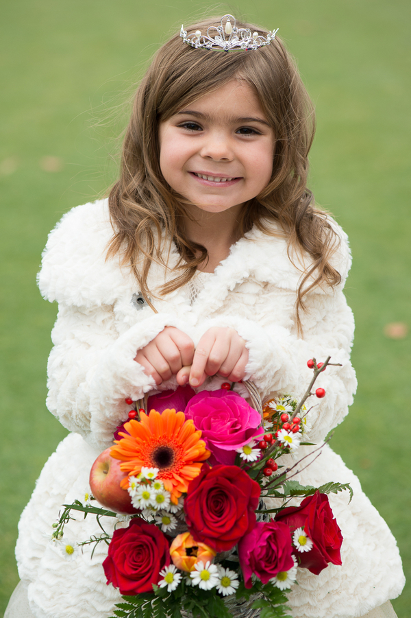 Flower Girl Basket by EightTreeStreet / photo by Evelyn Alas Photography