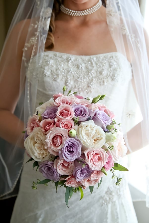 Classically Elegant Canadian Wedding / Madeline's Weddings & Events / Carrie Ekosky Photography / Academy Florists