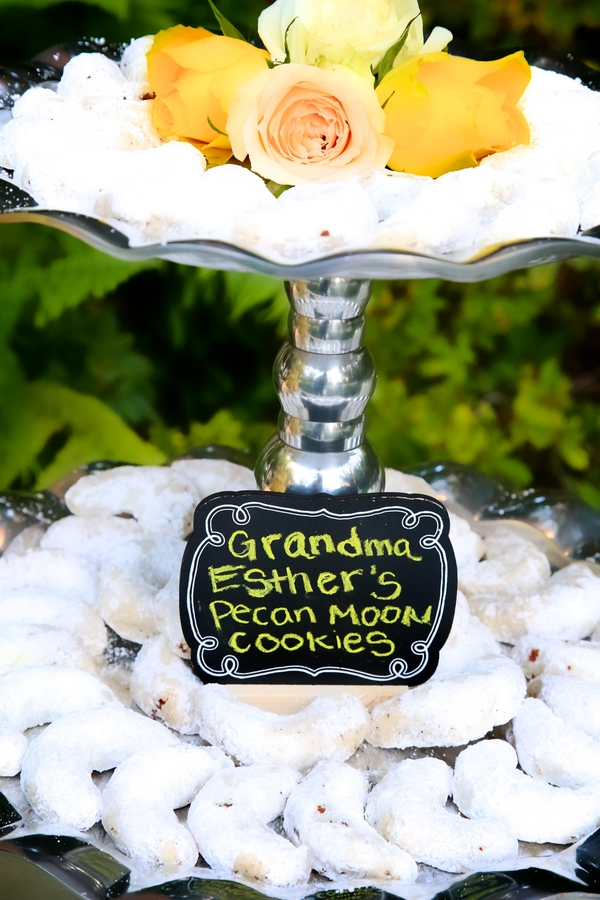 Grandma Esther's Pecan Moon Cookies for the Wedding Dessert / photo by sun-dance photography