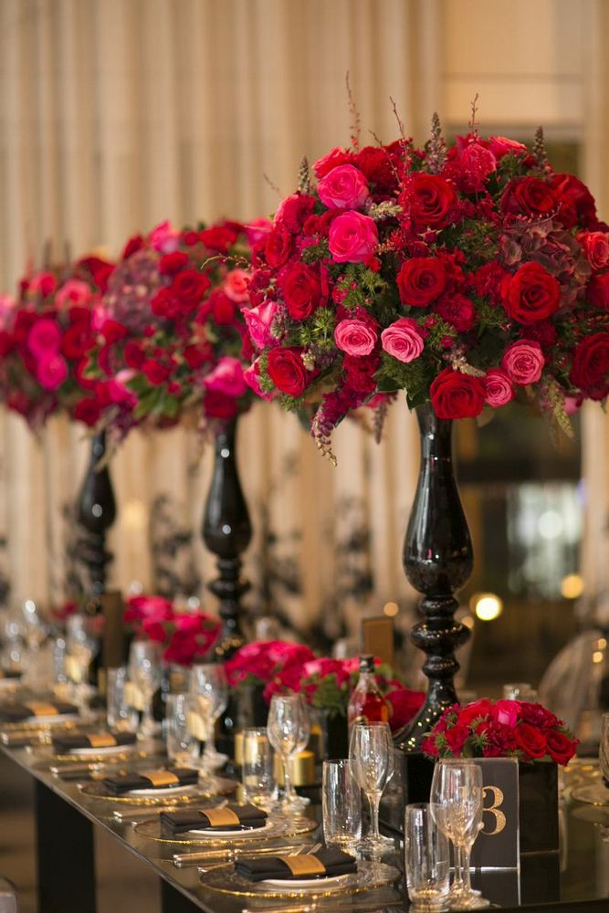 Glamourous Red + Gold Elegant Wedding / photo by Blumenthal Photography / florals by Sydney Wedding Flowers