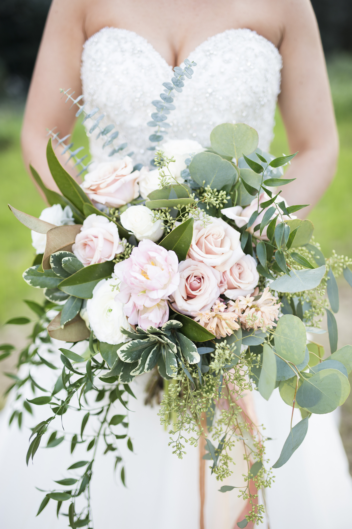 Gorgeous Cascading Wedding Bouquet / designed by Kara Nash Designs / photo by Kevyn Dixon Photo