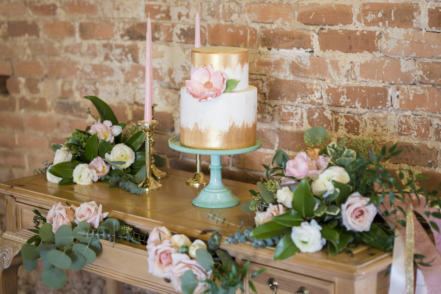 sleepy-hollow-styled-shoot-dessert-table.jpg