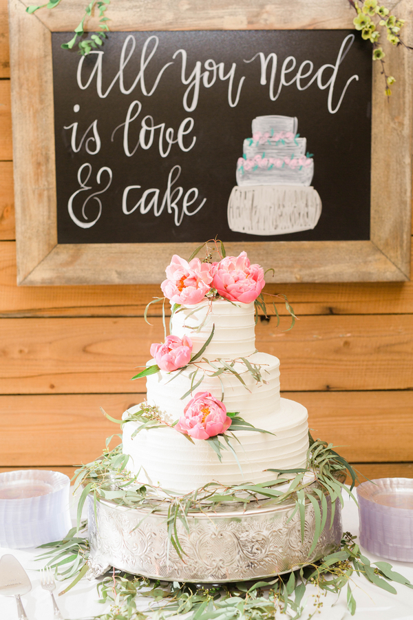 061416-southern-wedding-cake-with-pink-peonies.jpg