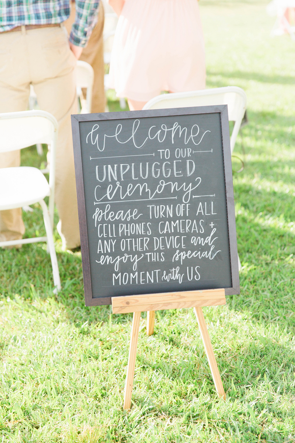 061416-southern-wedding-unplugged-sign.jpg