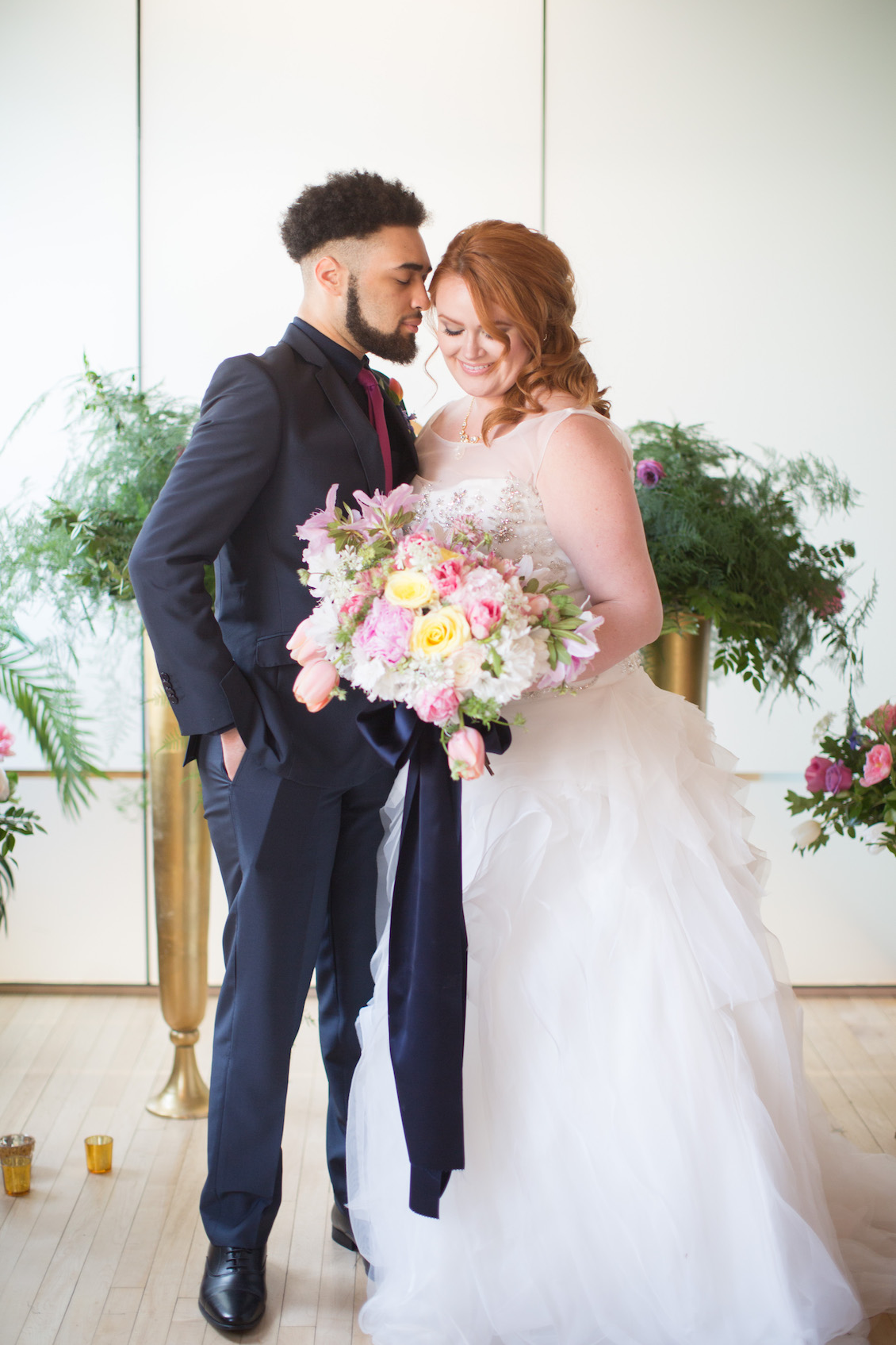 Gorgeous Urban Glam Meets Modern City Wedding - Styled Shoot / Florals by EightTreeStreet / Photography by Amy Nicole