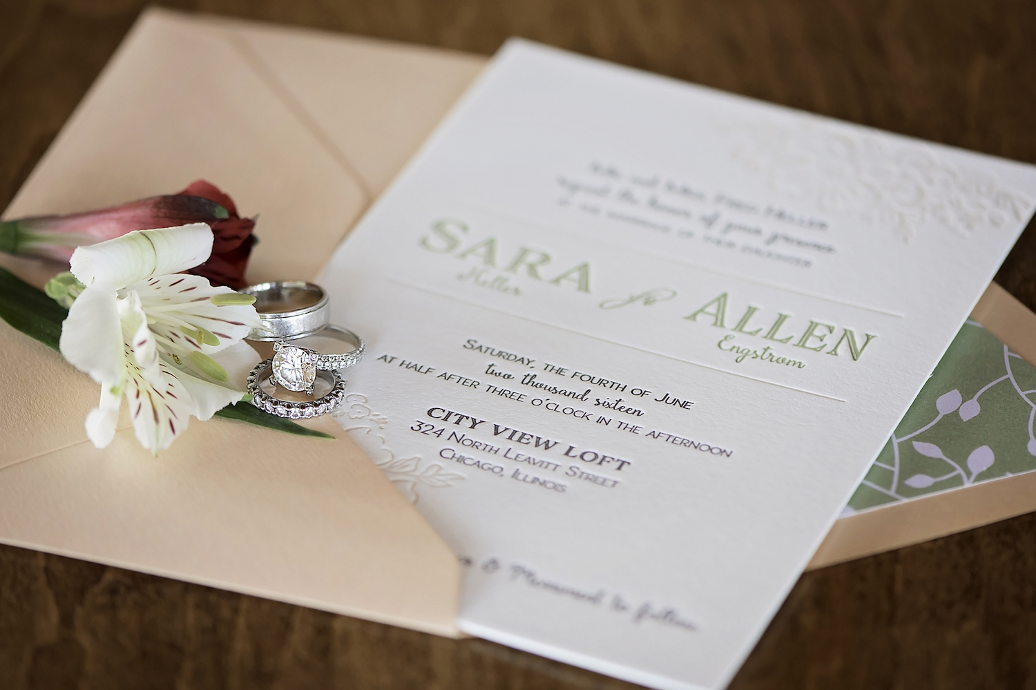 Chicago Wedding Styled Shoot - where urban meets vintage / photo by Maria Nicole Photography / invitation by Lucky Invitations