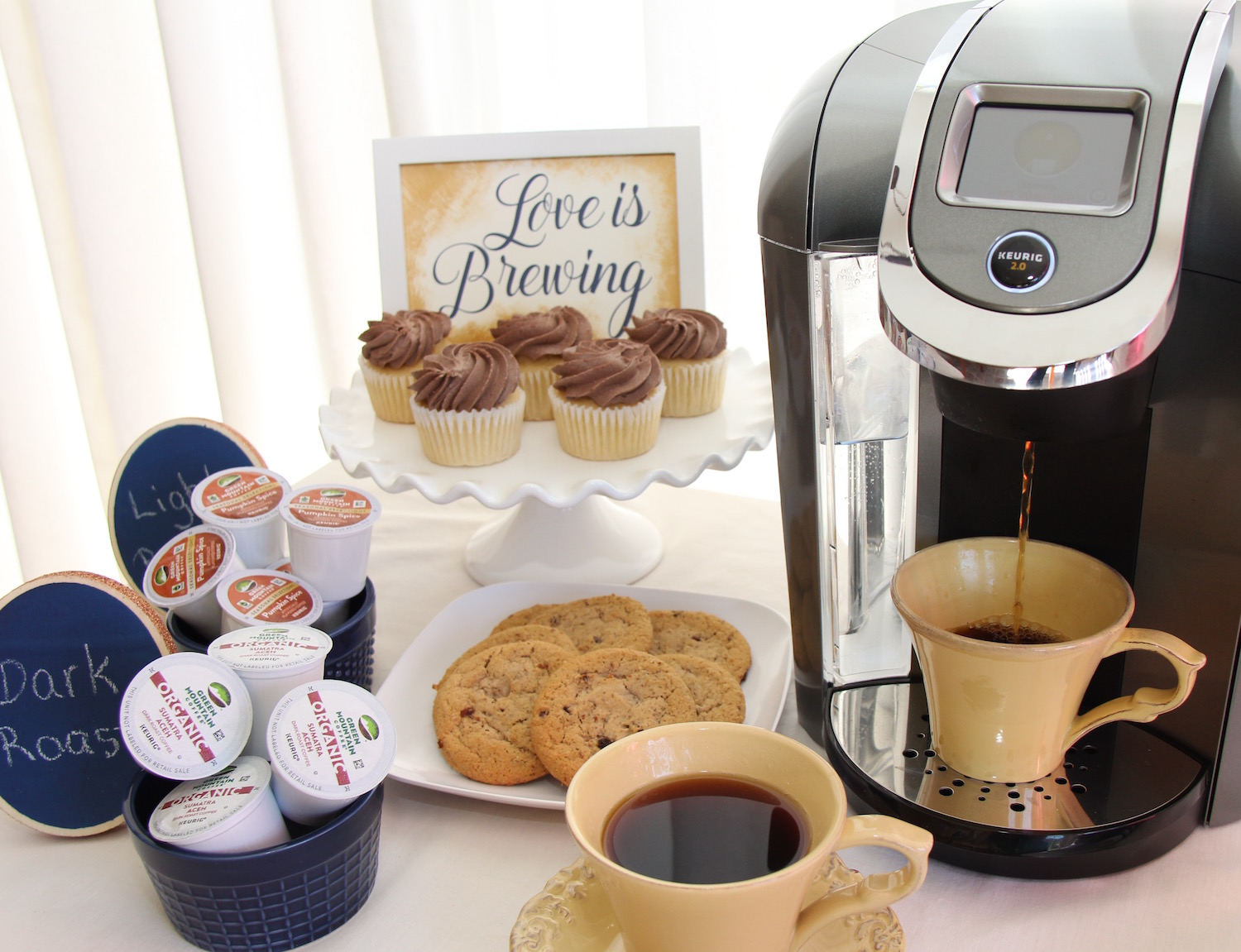 Click for 14 Ways to Create a DIY Coffee Bar at your Wedding Reception | Bring Warm Comfort to your Fall and Winter Weddings with a Coffee Bar and Keurig®