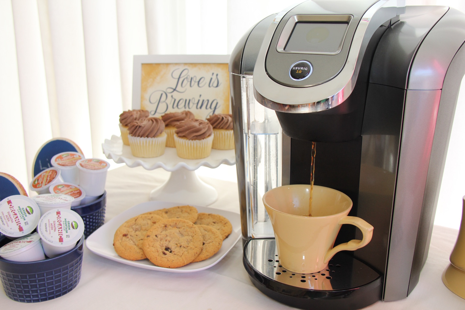How to Create a DIY Coffee Bar at your Wedding Reception | Click for Creative Ways to Bring your very own Indoor DIY Coffee Bar to Weddings, Bridal Showers + Parties