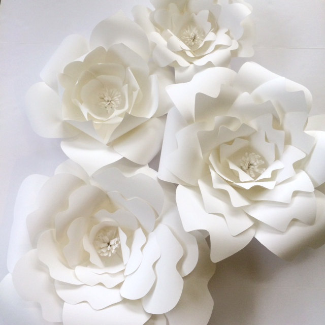 How to Add Flair to your Wedding or Party with Paper Flowers | White DIY Paper Flower Template from Paper Flora